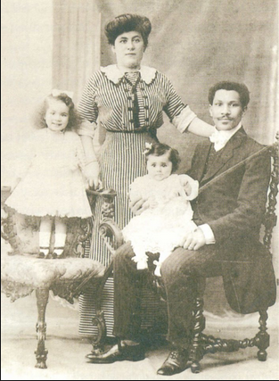 Mr. Joseph Philippe Lemercier Laroche (R) with his wife Juliette Lafargue and their two daughters Simonne and Louise.